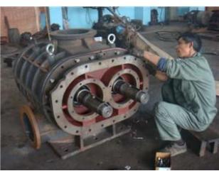 鼓风机维修