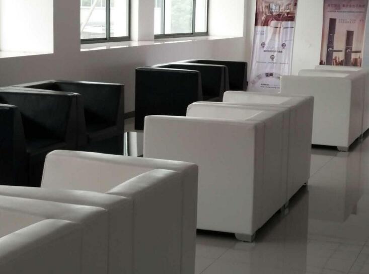 合肥沙发翻新.jpg
