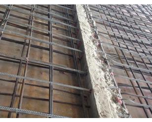 新增梁板柱加固