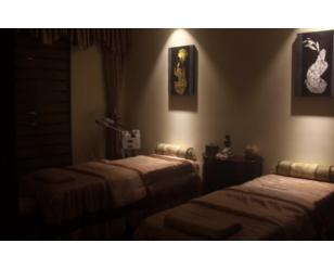 西安男模按摩师介绍泰式spa和中式推拿方法